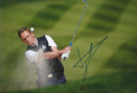 Luke Donald, Ryder Cup 2012 Medinah, signed 12x8 inch photo.